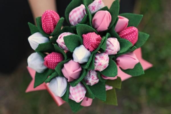 Букет тюльпанов из ткани