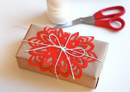 Упаковка подарков в Новый Год